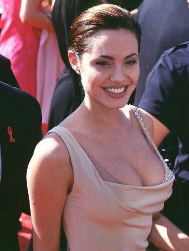 Голая актриса Анджелина Джоли фото эротика картинки