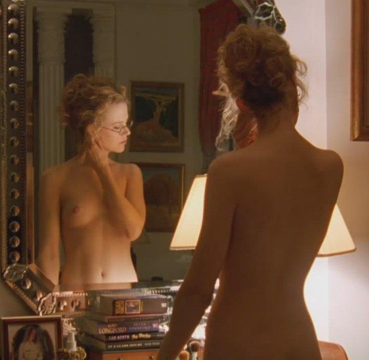 кидман голая грудь фото