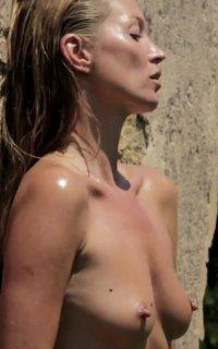 Размер сисек Кейт Мосс фото